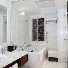 Отель Crowne Plaza Hotel & Suites Landmark Shenzhen, an IHG Hotel Китай, Шэньчжэнь - отзывы, цены и фото номеров - забронировать отель Crowne Plaza Hotel & Suites Landmark Shenzhen, an IHG Hotel онлайн ванная фото 2