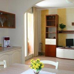 Отель Residence Il Fiore Del Garda Манерба-дель-Гарда удобства в номере фото 2