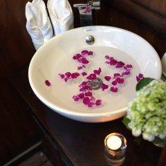 Отель Halong Majestic Legend Cruise ванная фото 2