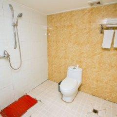Отель Kaibin Hotel (North Street) Китай, Сиань - отзывы, цены и фото номеров - забронировать отель Kaibin Hotel (North Street) онлайн ванная фото 2