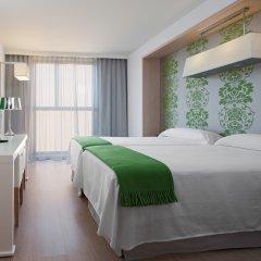 DoubleTree by Hilton Hotel Girona комната для гостей
