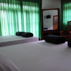 Отель 101 Holiday Resort спа