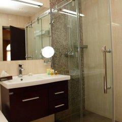 Отель Bass Boutique Hotel Армения, Ереван - 1 отзыв об отеле, цены и фото номеров - забронировать отель Bass Boutique Hotel онлайн ванная фото 2