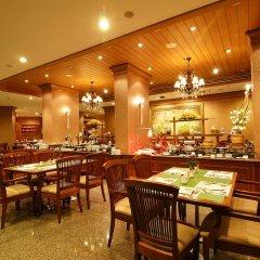 Отель Grand Diamond Suites Hotel Таиланд, Бангкок - отзывы, цены и фото номеров - забронировать отель Grand Diamond Suites Hotel онлайн питание фото 3