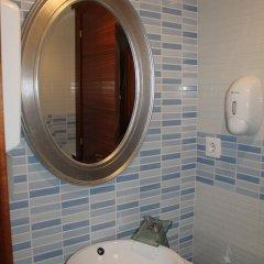 Отель Hostal Flor de Quejo Испания, Арнуэро - отзывы, цены и фото номеров - забронировать отель Hostal Flor de Quejo онлайн ванная фото 2