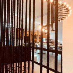 Отель Mikhael's Hotel Республика Конго, Браззавиль - отзывы, цены и фото номеров - забронировать отель Mikhael's Hotel онлайн интерьер отеля
