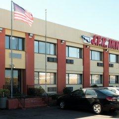 Отель JFK Inn США, Нью-Йорк - отзывы, цены и фото номеров - забронировать отель JFK Inn онлайн парковка