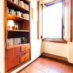 Отель Cozy flat near Colosseum Рим развлечения