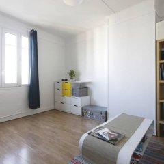 Апартаменты Modern Studio Near Montmartre 18th Arrondissement комната для гостей фото 3