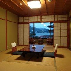 Отель Yunoyado Saika Мисаса комната для гостей