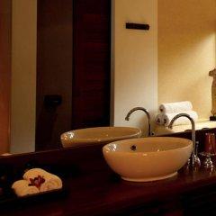 Отель Napasai, A Belmond Hotel, Koh Samui Таиланд, Самуи - отзывы, цены и фото номеров - забронировать отель Napasai, A Belmond Hotel, Koh Samui онлайн ванная фото 2