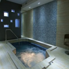 Отель Bass Boutique Hotel Армения, Ереван - 1 отзыв об отеле, цены и фото номеров - забронировать отель Bass Boutique Hotel онлайн бассейн фото 3