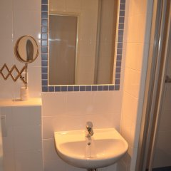 Hotel Svornost ванная фото 2