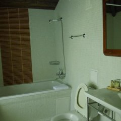 Гостиница AZANIA ванная фото 2