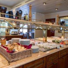 Отель OnRiver Hotels - MS Cezanne Будапешт питание