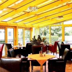 Das Reinisch Bed & Breakfast Hotel Vienna Airport Вена питание