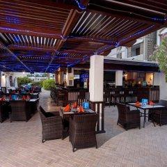 Апартаменты The Apartments Dubai World Trade Centre гостиничный бар