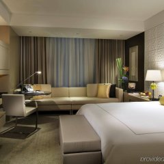 Отель InterContinental Shanghai Jing' An комната для гостей фото 2