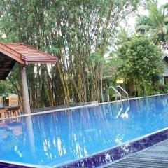 Отель Villa Shade бассейн