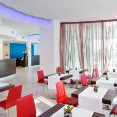 Отель Mercure Rimini Lungomare Римини интерьер отеля