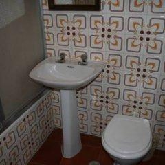 Отель Pensión San Miguel Испания, Убеда - отзывы, цены и фото номеров - забронировать отель Pensión San Miguel онлайн ванная