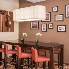 Отель Crowne Plaza Berlin City Centre гостиничный бар