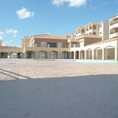 Отель Club St George Resort парковка