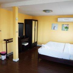 Отель Baan Romruen Homestay комната для гостей