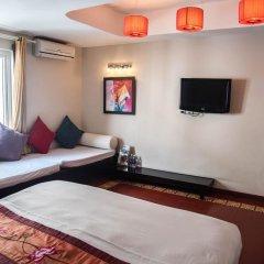 Отель Vietnam Backpacker Hostels Downtown Ханой комната для гостей фото 3