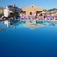 Reis Maris Hotel Турция, Мармарис - 3 отзыва об отеле, цены и фото номеров - забронировать отель Reis Maris Hotel онлайн бассейн фото 2