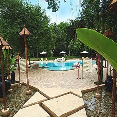 Отель Sunset Village Beach Resort бассейн