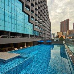 Отель Swiss-Garden Hotel Kuala Lumpur Малайзия, Куала-Лумпур - 2 отзыва об отеле, цены и фото номеров - забронировать отель Swiss-Garden Hotel Kuala Lumpur онлайн бассейн