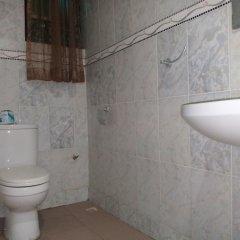 Отель Akma Signature Hotel & Suites Нигерия, Ибадан - отзывы, цены и фото номеров - забронировать отель Akma Signature Hotel & Suites онлайн ванная фото 3