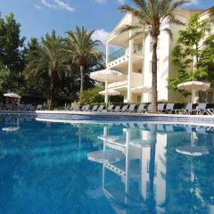 Отель Zafiro Tropic бассейн