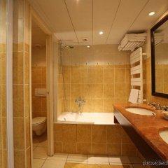 Отель Royal Montparnasse Париж ванная фото 2