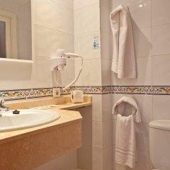 Cala Ferrera Hotel ванная фото 2