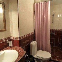 Отель Gozbarov's Guest House Болгария, Копривштица - отзывы, цены и фото номеров - забронировать отель Gozbarov's Guest House онлайн ванная фото 2