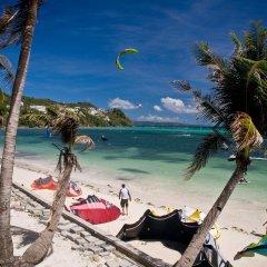 Отель Isla Kitesurfing Guesthouse Филиппины, остров Боракай - 1 отзыв об отеле, цены и фото номеров - забронировать отель Isla Kitesurfing Guesthouse онлайн пляж