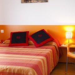 Отель Apartamentos Turísticos Bahía de Boó комната для гостей фото 3
