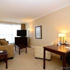 Отель Best Western Plus Victoria Park Suites Канада, Оттава - отзывы, цены и фото номеров - забронировать отель Best Western Plus Victoria Park Suites онлайн комната для гостей фото 3