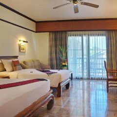 Отель Thara Patong Beach Resort & Spa Таиланд, Пхукет - 7 отзывов об отеле, цены и фото номеров - забронировать отель Thara Patong Beach Resort & Spa онлайн комната для гостей фото 5
