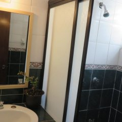 Отель Kukulcan Hostel & Friends Мексика, Канкун - отзывы, цены и фото номеров - забронировать отель Kukulcan Hostel & Friends онлайн ванная