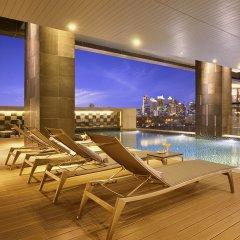 Отель Aetas Lumpini Бангкок бассейн