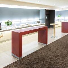 Отель Novotel Berlin Mitte Германия, Берлин - 3 отзыва об отеле, цены и фото номеров - забронировать отель Novotel Berlin Mitte онлайн спортивное сооружение