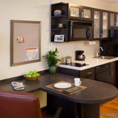 Отель Candlewood Suites Jersey City - Harborside в номере фото 2