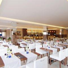 Отель Zafiro Tropic гостиничный бар