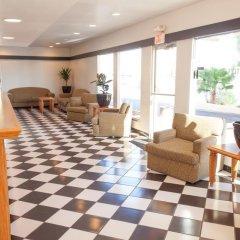 Отель Aviation Inn гостиничный бар