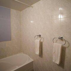 Отель Seoul 53 hotel Insadong Южная Корея, Сеул - 1 отзыв об отеле, цены и фото номеров - забронировать отель Seoul 53 hotel Insadong онлайн ванная фото 2