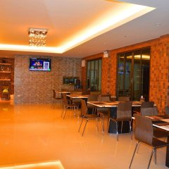 Отель Silver Gold Garden Suvarnabhumi Airport Таиланд, Бангкок - 5 отзывов об отеле, цены и фото номеров - забронировать отель Silver Gold Garden Suvarnabhumi Airport онлайн питание фото 2