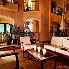 Отель Acanto Hotel and Condominiums Playa del Carmen Мексика, Плая-дель-Кармен - отзывы, цены и фото номеров - забронировать отель Acanto Hotel and Condominiums Playa del Carmen онлайн интерьер отеля